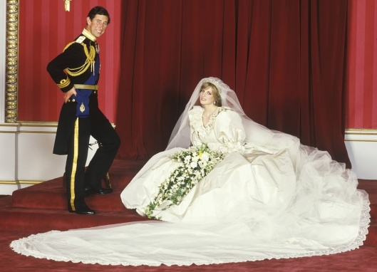 Wedding dress Diana of Wales - David and Elizabeth Emanuel (1981)
