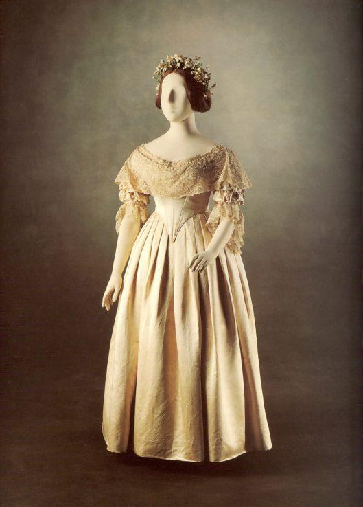 Wedding dress Queen Victoria