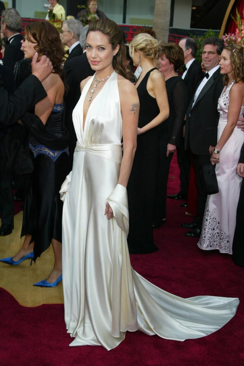 Angelina Jolie - Marc Bouwer - Oscars 2004