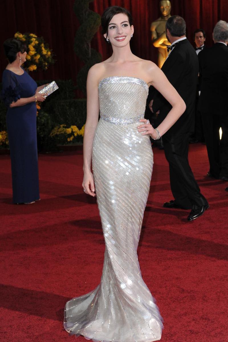 Anne Hathaway - Armani - Oscars 2009 2