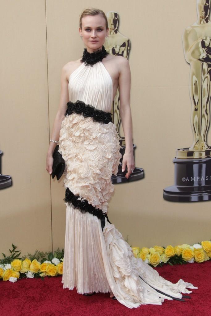 Diane Kruger - Chanel - Oscars 2010