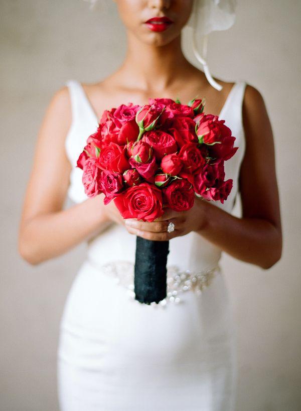Boda en rojo pasión - Ramo de novia