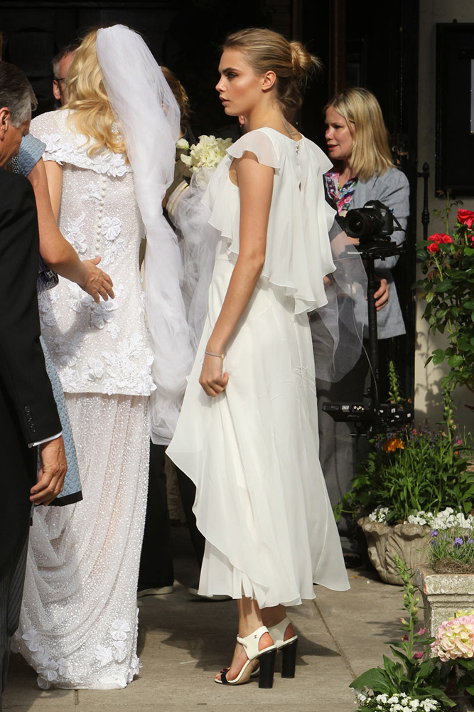 Boda Poppy Delevingne Wedding - Cara 2