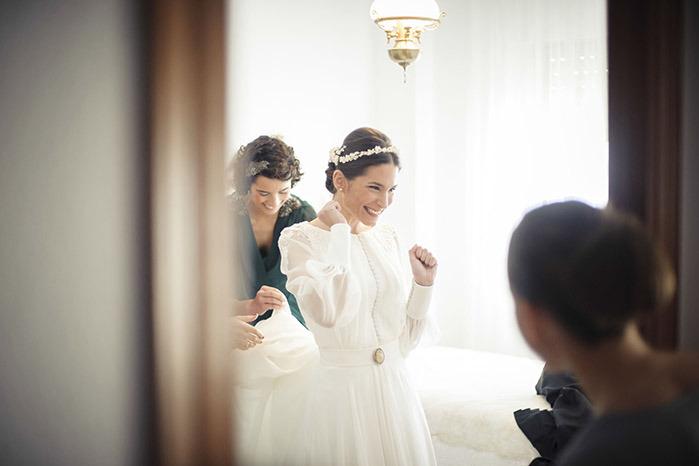 Vestido de novia - Sencillez con un toque unico - 3. Javier Alcantara